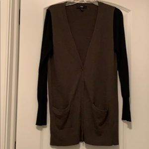 Mossimo Cardigan Tunic in Olive and Black. EUC.